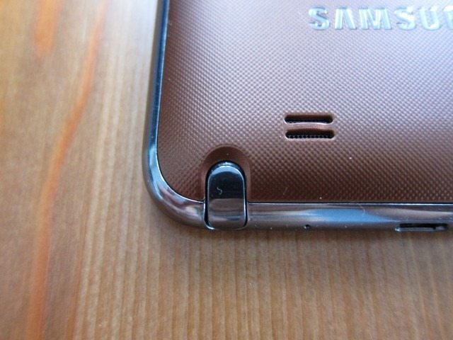 GalaxyNoteCasereviewpart213 Custom thumb Samsung Galaxy Note Flip Cover and Leather Pouch Case Review
