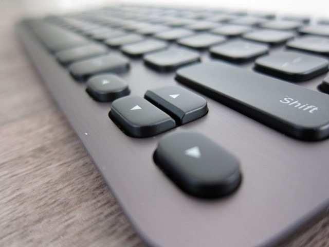 LogitechK810 review (9)