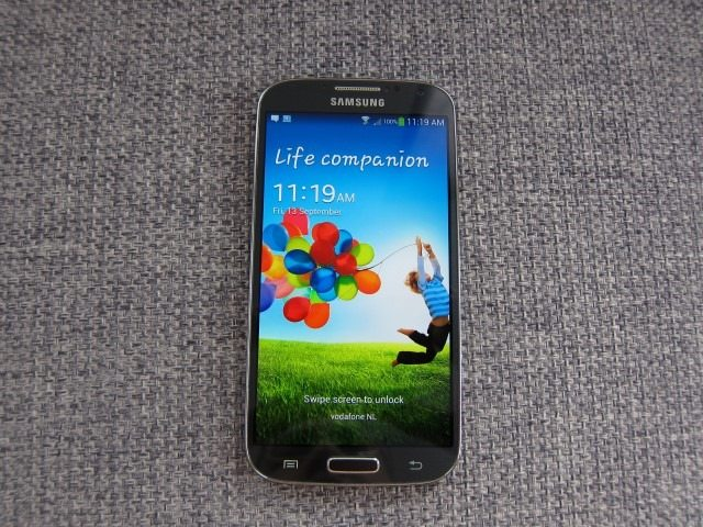 GlaxyS4reviewpart1 10 Custom thumb The Samsung Galaxy S4 Review (Part 1)
