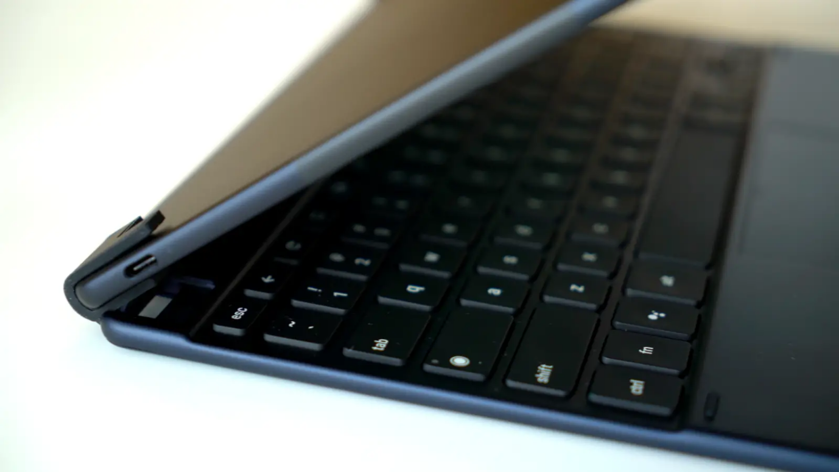 Hands-On With The Brydge G-Type: A Wireless Pixel Slate Keyboard